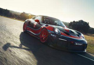 Sadece 50 Adet Üretilen Işığın Hızını Yakalamaya Çalışan Porsche